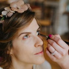 Hire right makeup for bridal to enhance the beautiful look in the wedding hall